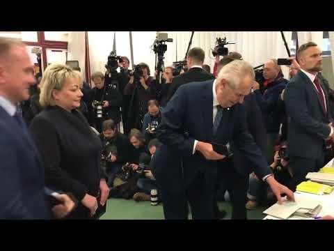 Miloš Zeman napaden, aneb demokracie podle v(f)emen / Lživý, zoufalý leták jako varování