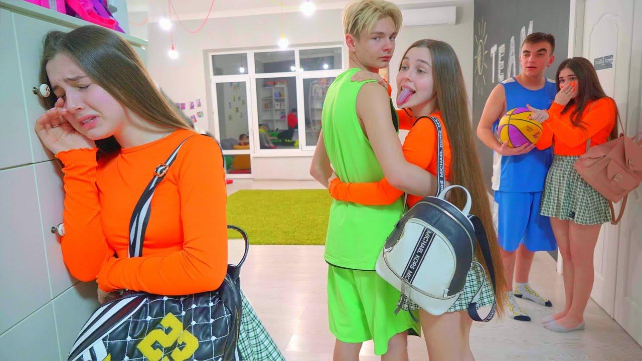 Download La gemela de Diana se llevó al chico! ¿Qué harán las Cheerleaders?