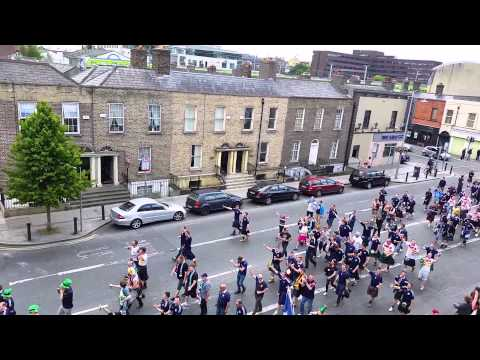 Scotland fans March through Dublin