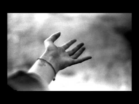 ''elimden tut yoksa düşeceğim ''
