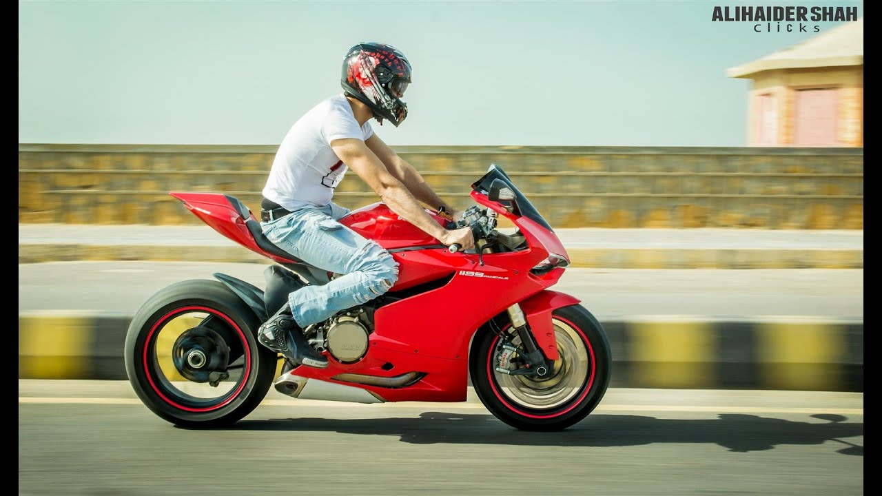 new ducati 1299 panigale wheelie - youtube
