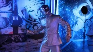 Театр Black Sky White - Раусные персонажи, космос