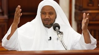 Al-fatiha-Al-baqarah recited by Sh: Abdi Rashid Ali sufi.