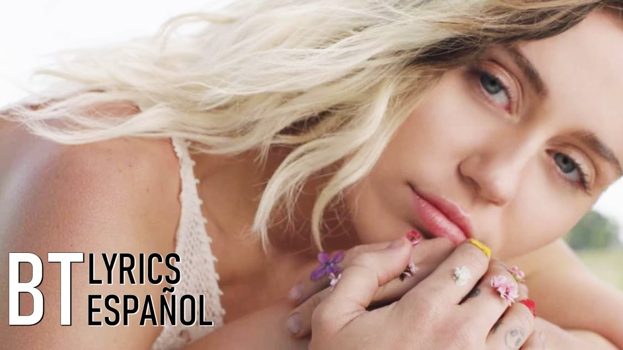 Download Miley Cyrus - Malibu (Lyrics + Español) Video Official