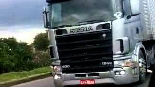 Scania ,Charada éo que liga