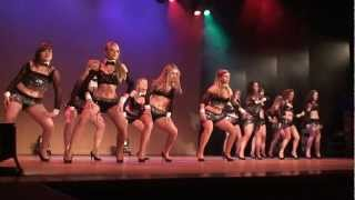 Download Video Girly Dance MP3 3GP MP4