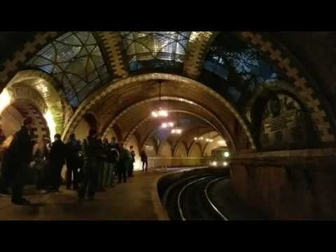 Pulling into Old City Hall Station