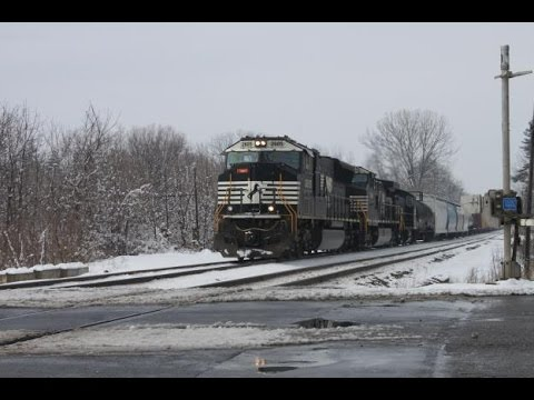 [HD] Great Lashups, Great EMD Power And A Road Slug All In Macungie PA And Alburtis PA