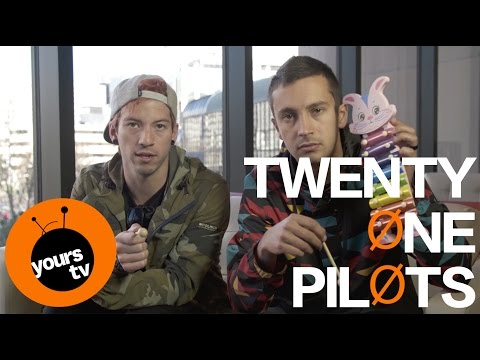 YOURS.tv interviews TWENTY ONE PILOTS