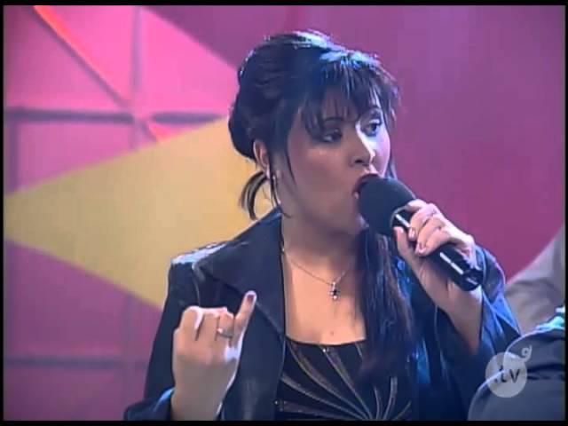 Sunshine - ''Duelo de Trova'' - Victoria Sanabria - Club Sunshine - eltocino.tv