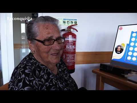 Tecnologia não assusta idosos de Escalos de Baixo