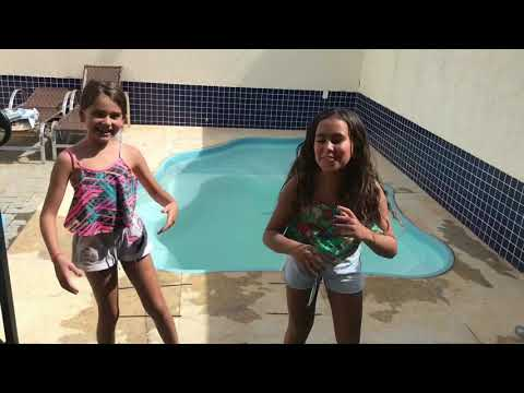 Desafio da piscina ( com minha amiga Duda) ▶8:46