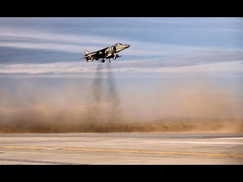 AV-8B Harrier Vertical Landing & Short Takeoff. (MCAS Yuma, 2014)