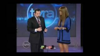 tyra banks show how to spot a fake