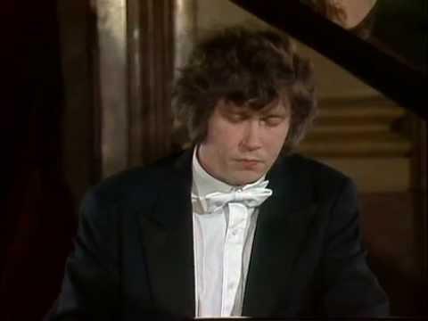 Mozart, Concierto para piano Nº 23, K488. Zoltán Kocsis, piano