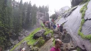 mist trail hike yosemite valley