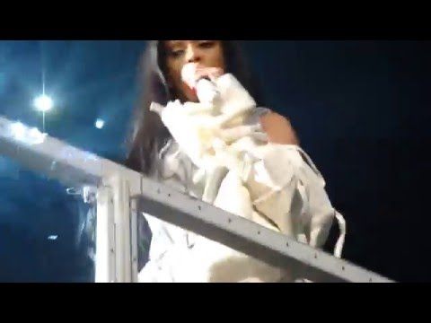 Rihanna - Woo and Sex With Me (LIVE IN TORONTO - ANTI WORLD TOUR) April 14, 2016