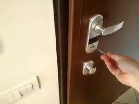 Chiavistello bulgaro apre le porte doovi - Scassinare una porta ...