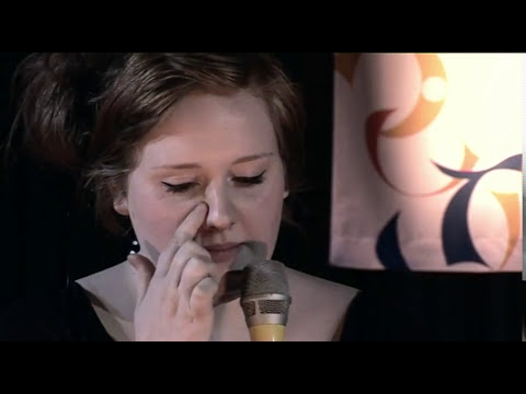 Adele - Early Interview.  With Simon Mayo on BBC Radio 2