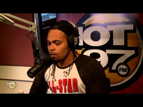 Real Late Sessions : (Big Pun's Son) Chris Rivers Freestyles On Real Late With Peter Rosenberg!
