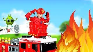 Хелпик и МУЛЬТИК для детей про ПОЖАРНУЮ МАШИНУ! Рома пожарный! Тушим ПОЖАР с пожарной машиной Dickie