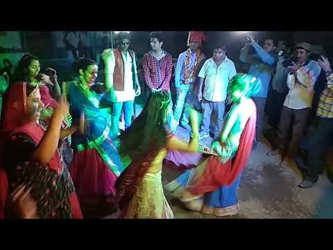 Ssarr R Ude Re Satrangi Tharo Lehariyo Song Dance