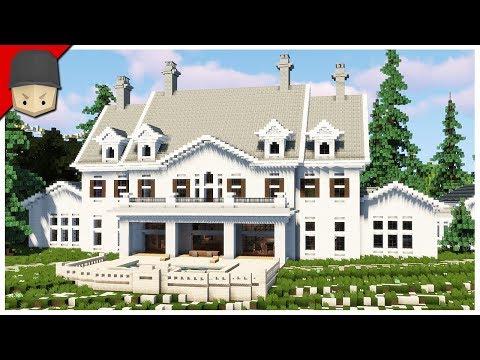 Mansion on the Beach in Minecraft