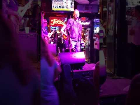 Gary singing at Tootsies, Nashville