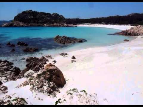 Budelli, Sardegna, la spiaggia rosa.
