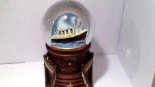 NEW Titanic Grand Staircase Musical Snowglobe RMS White Star Music Box