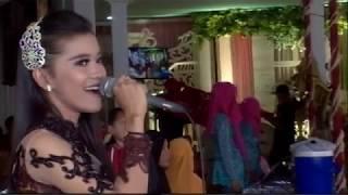 Titip Rindu Buat Ayah Cover Vero Adena ZELINDA Live Candi