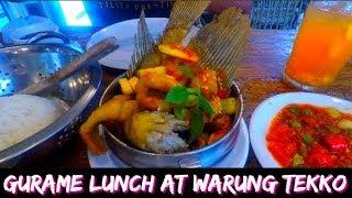 Gambar cover Lunch @ Warung Tekko | Travel Vlog Jakarta, Indonesia