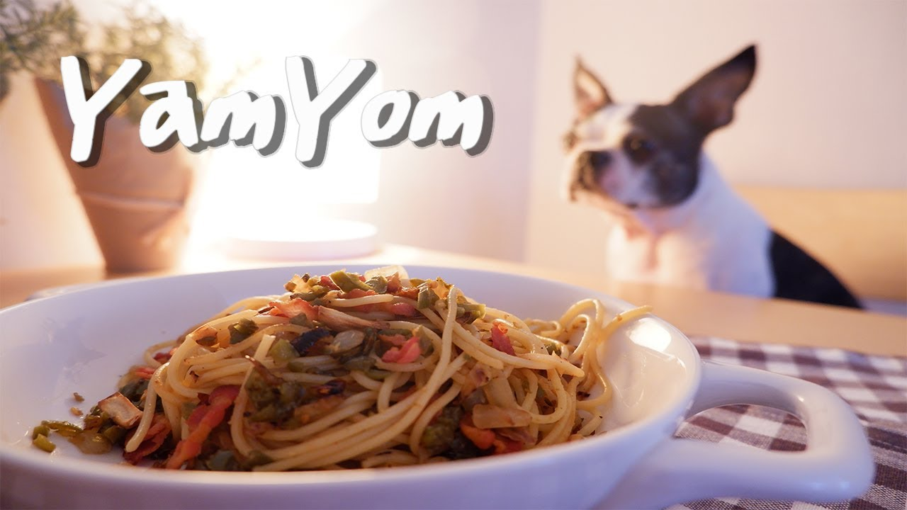 [YamYom Kitchen] Garlicpeno Pasta - Cooking with Xabi (Boston Terrier)