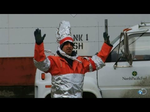 Best Pranks: The Tin Foil Prank | Deadliest Catch