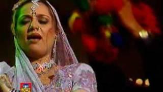 Shahida Mini - Piya Ghar Aaya