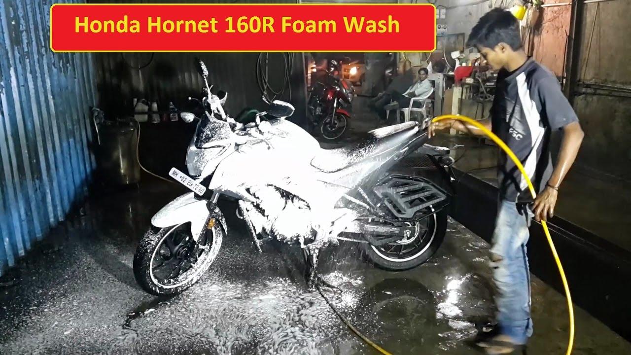 Honda Hornet 160R | Foam Wash | Bike Wash | Mumbai | Powai | IIT Mumbai main gate - YouTube