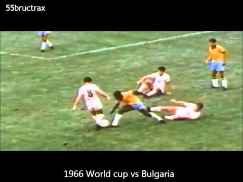 Pelé *The King of Football* Best Dribbling Skills & Goals -