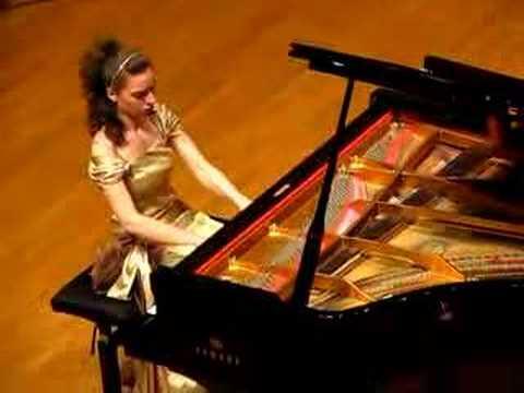 Yulianna Avdeeva Plays Chopin