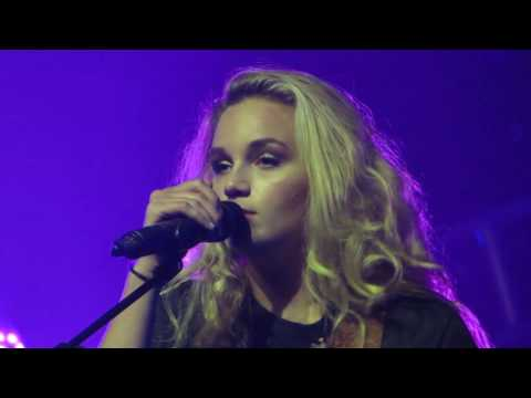 Hollyn - Live - Air1 Positive Hits Tour 8/17/16