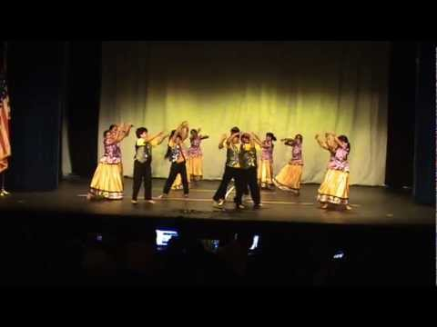 Mattupetti kovilile  -Young talents perfoming in AMMA's Kerala Piravi 2012