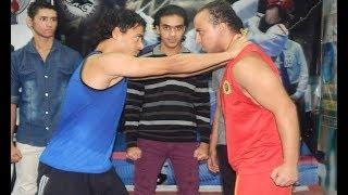 القتال الحقيقي في الشارع - الهجوم الهمجي والدفاع  بالكونغ فو والجوجيتسو  Wing Chun  against street
