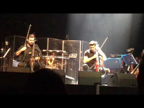 2Cellos live in London - Smooth Criminal (HQ sound)