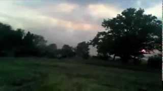Иловайский котел. Бой. Колона украинских войск идет на прорыв окружения