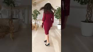 P 2057 Платье коктейльное из гипюра с напылением video