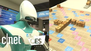 Scrabble-playing robot at CES 2018