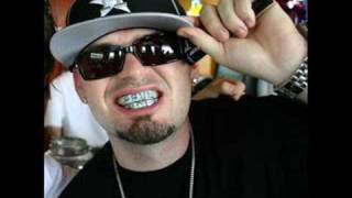 Watch Paul Wall That Girl On Fire video