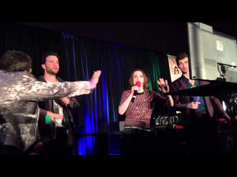 SeaCon15 Karaoke - Felicia Day sings