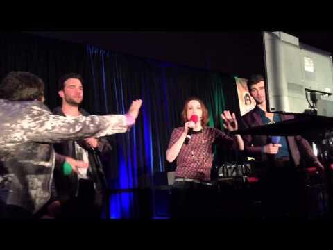 "SeaCon15 Karaoke - Felicia Day sings ""Africa"""
