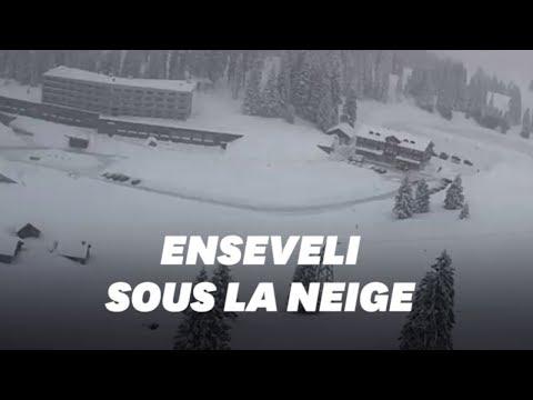 Une avalanche envahit un hôtel dans une station de ski suisse