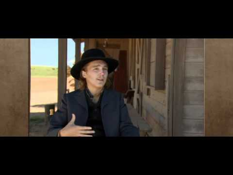 Paul Dano behind the scenes - Cowboys and Aliens - YouTube